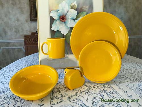 HOMER LAUGHLIN FIESTA small butter COVER lid only SUNFLOWER yellow NEW