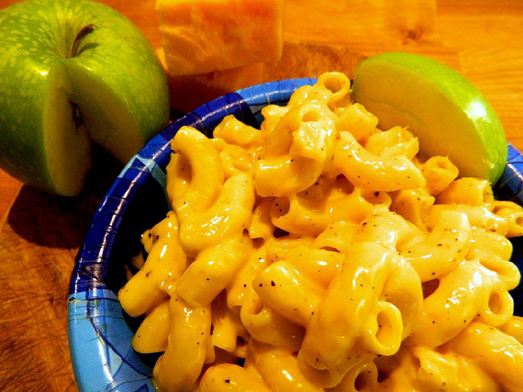 Comfort Food Cravings: Macaroni and Cheese